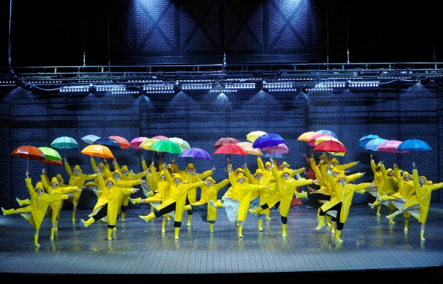 21 - Singin_ in the Rain (c)Théâtre du Châtelet - Marie-Noëlle Robert.JPG