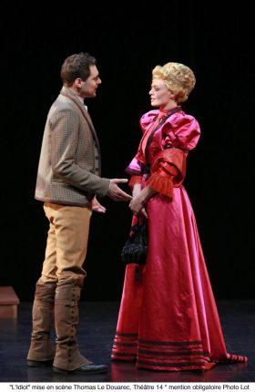 LIdiot-Dostoïevski-Arnaud-Denis-Théâtre-14-Marie-Lenoir-Thomas-Le-Douarec-Russe-Theatre-Syma-News-Syma-Mobile-Florence-Yérémian-666x1024